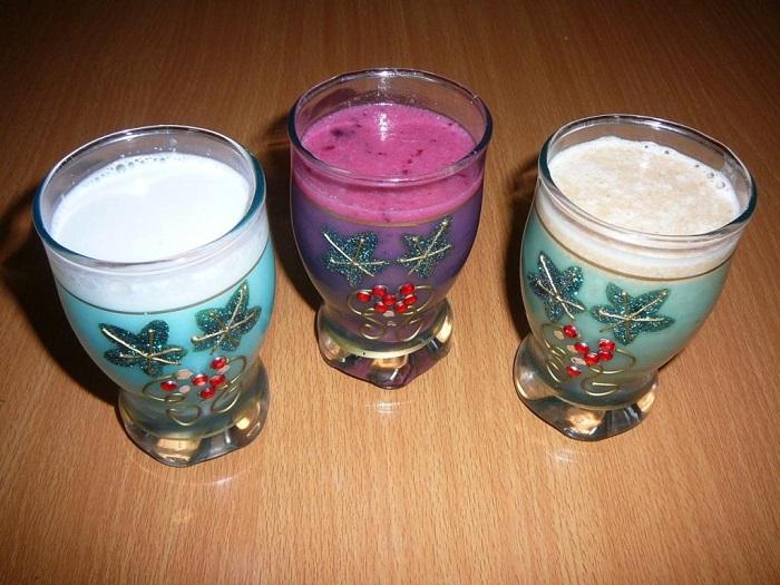 молоко из кунжута - обычное, со смородиной и с финиками